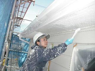 塗装工事5日目・・・外壁塗装開始_f0031037_2264065.jpg