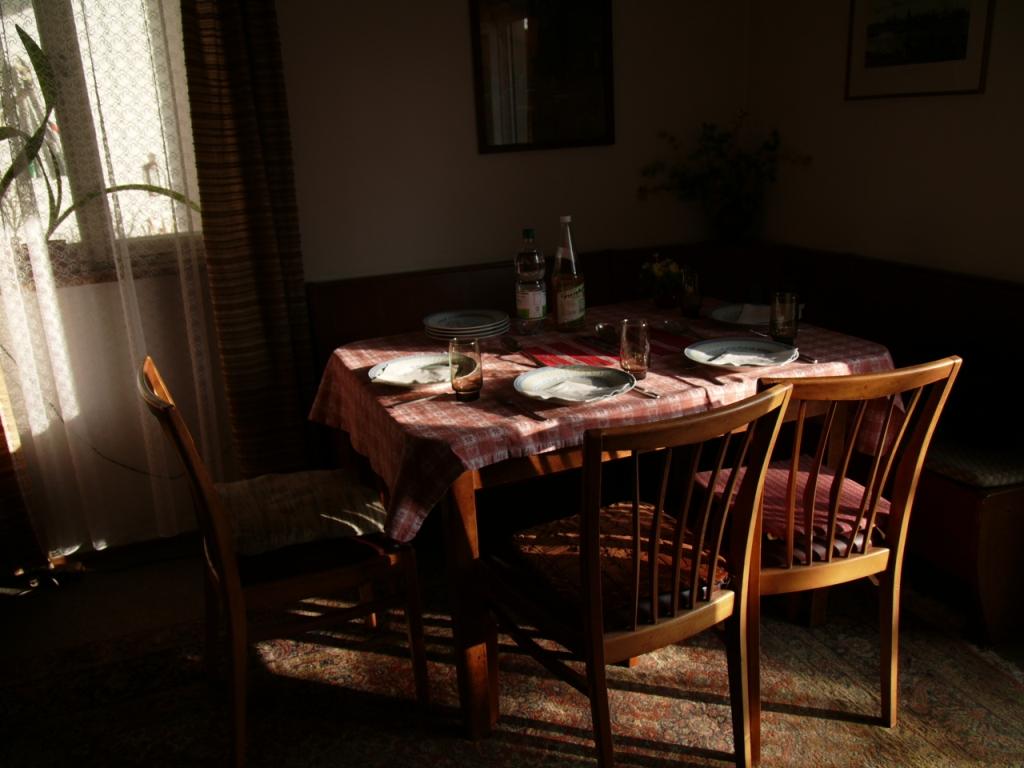 家族の食卓_b0148617_1615151.jpg