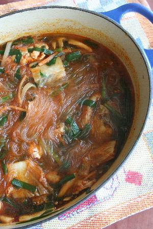 キムチ春雨スープ・・・・元気チャージ&ヘルシー_f0141419_1664794.jpg