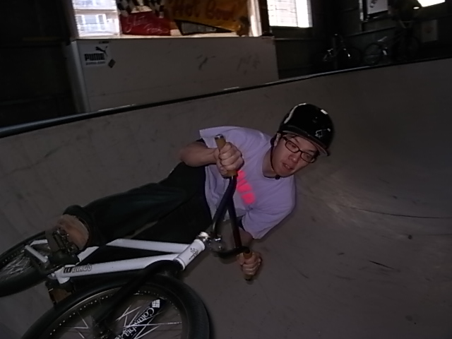 BMX HOT BOWL SESSION_e0173533_19175283.jpg