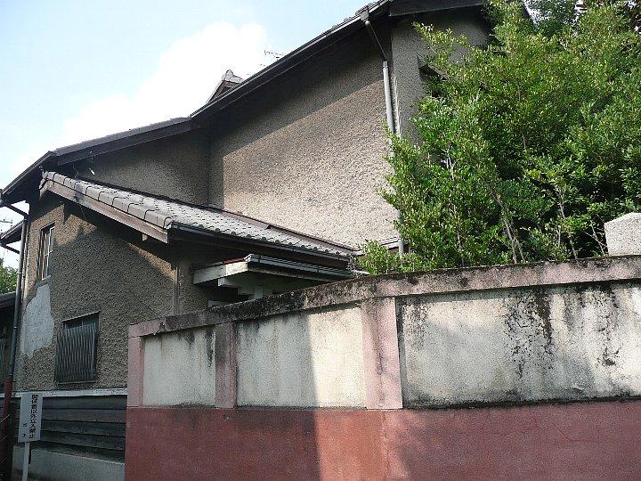 春田文化集合住宅_c0112559_1117534.jpg