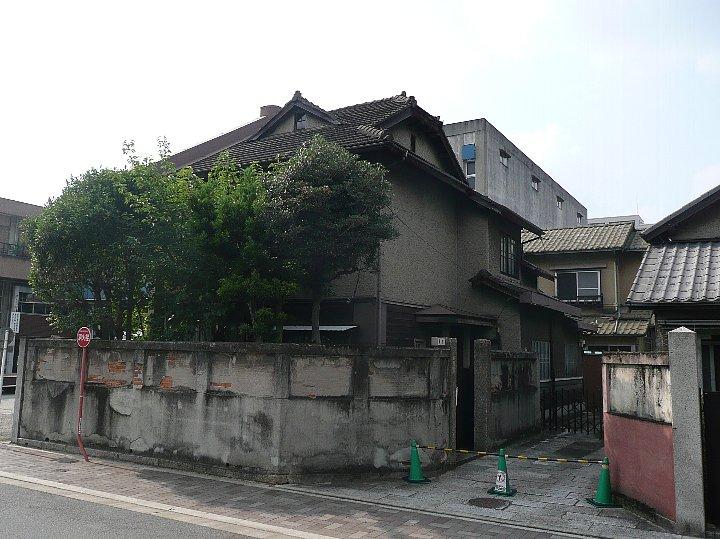 春田文化集合住宅_c0112559_11192438.jpg