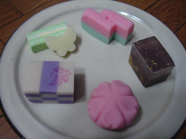春の茶会のお菓子_a0025572_17425623.jpg
