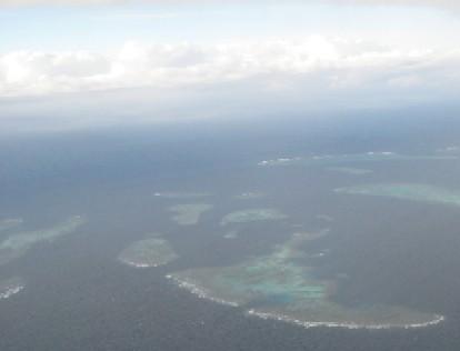 ニューカレドニアの青い空(4)Ile des Pinsへ_c0013687_1441497.jpg