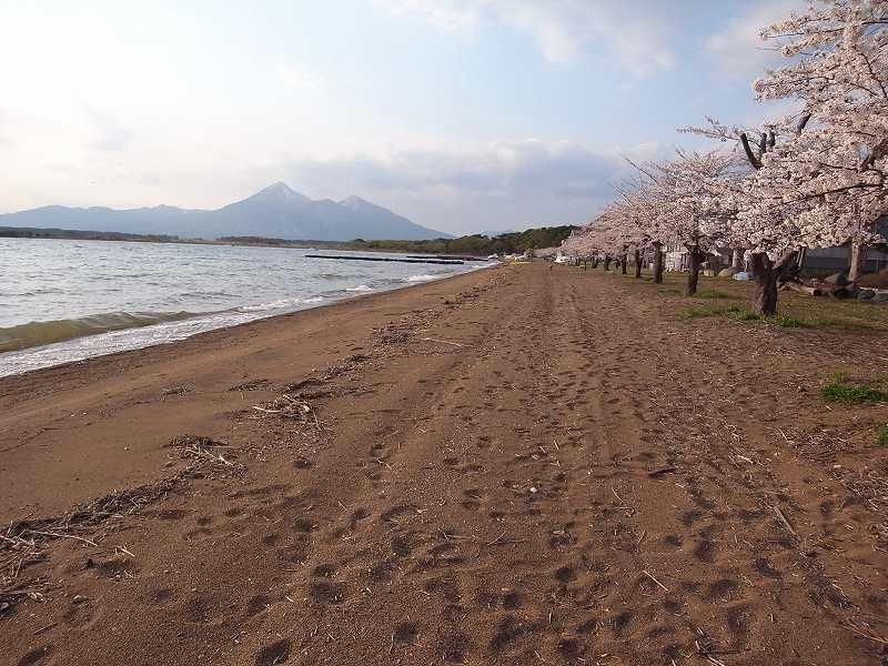 4月28日、磐梯熱海温泉「月の庭」_f0138096_18494429.jpg