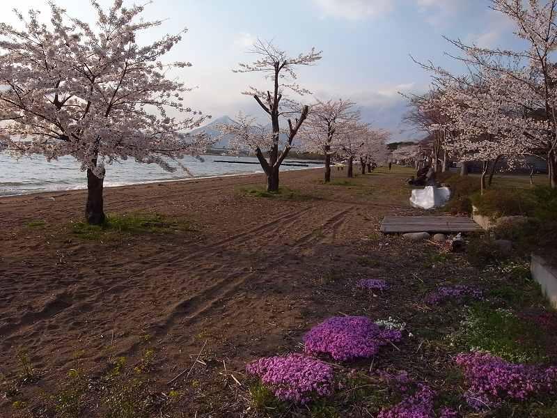 4月28日、磐梯熱海温泉「月の庭」_f0138096_18502154.jpg