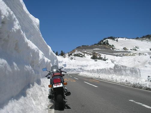 雪の回廊_d0115409_2325245.jpg