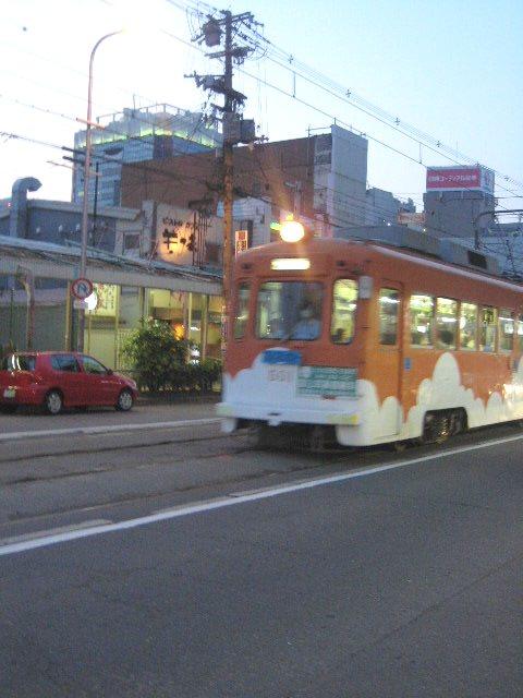 鉄っちゃんと鉄子のちんちん電車の旅_c0192970_23335736.jpg
