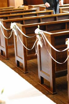 東京 高輪教会 *カラーの祭壇花、初夏の装花たち、そしてチェアフラワー_a0115684_92619100.jpg