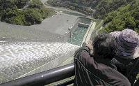 徳山ダム 初の観光放流_f0197754_071677.jpg