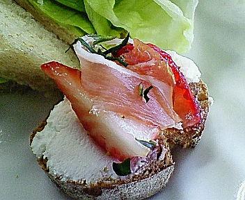 「チーズをたのしむサンドイッチ教室」_f0007061_2326571.jpg