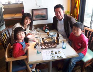 稲村ケ崎で親友達と集う!_c0180686_10574319.jpg