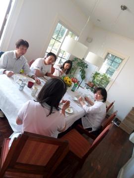 稲村ケ崎で親友達と集う!_c0180686_11172087.jpg
