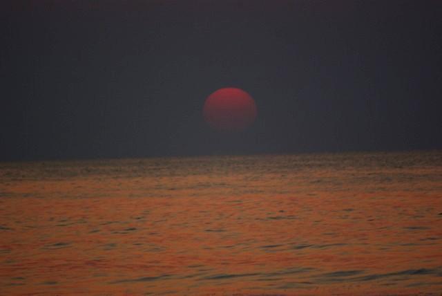 九十九里 赤い太陽 日の出 白子海岸_e0117266_14487.jpg