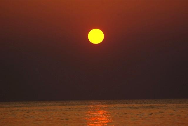 九十九里 赤い太陽 日の出 白子海岸_e0117266_1543549.jpg