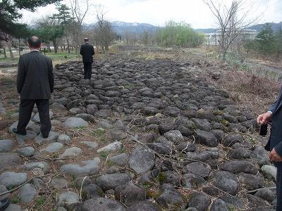 「直江兼続公生誕の地」議員会研修_f0019487_747134.jpg
