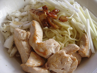 鶏油そば_c0025217_1444676.jpg
