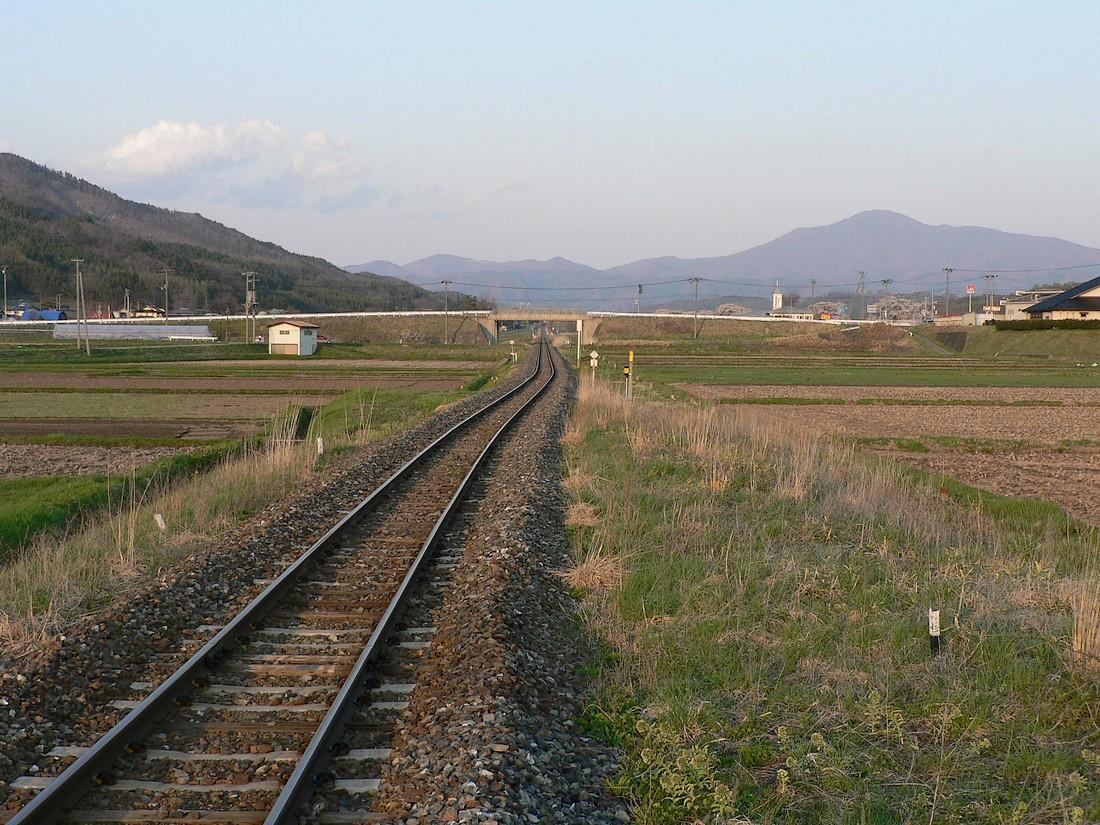 綾織駅のとっておき_d0001843_2221971.jpg