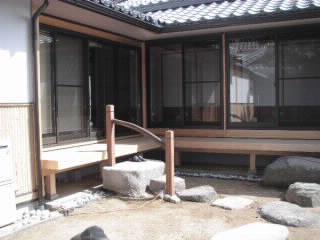 庭周りの石の整理 雑感  五月三日_f0052181_1115418.jpg
