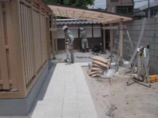 庭周りの石の整理 雑感  五月三日_f0052181_1116352.jpg