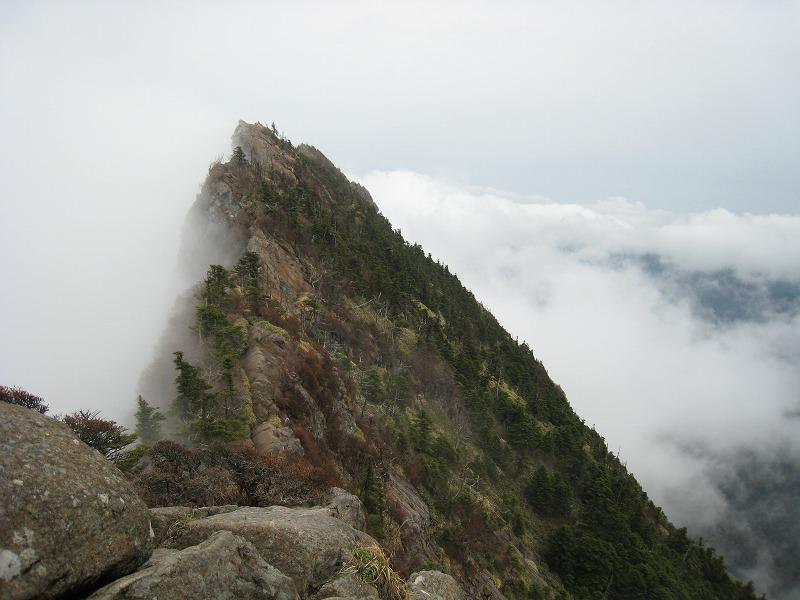 四国 石鎚山へ_b0161750_2118254.jpg