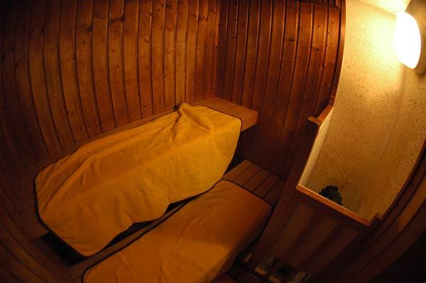 弥彦温泉(湯神社温泉)・ホテル ヴァイス_c0043361_23582515.jpg