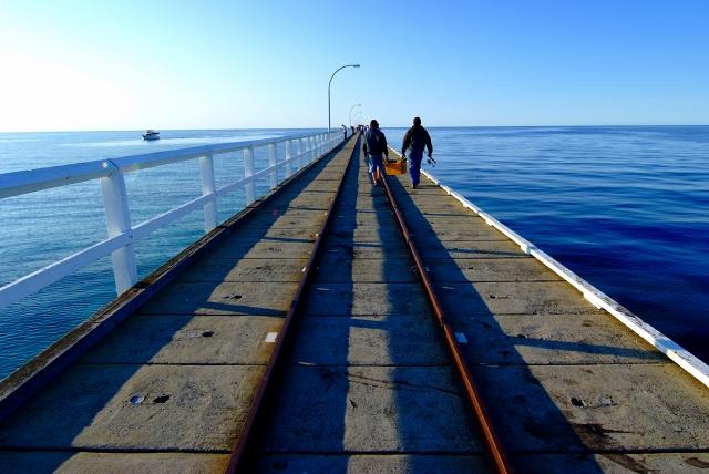 バッセルトン 海の中の道_f0050534_1921638.jpg
