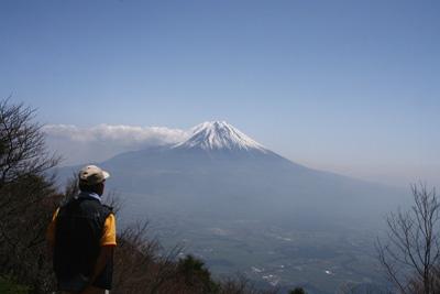 富士山を眺める山旅 3日目 毛無山登山 _d0055236_19501677.jpg