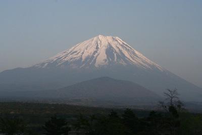 富士山を眺める山旅 3日目 毛無山登山 _d0055236_19514155.jpg