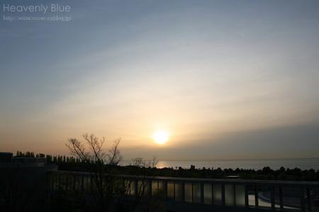 sunrise_e0145646_20414952.jpg