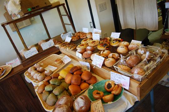 個性的なパン屋さん『ちせ』_a0115906_19191992.jpg