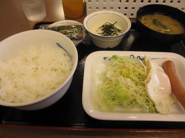 ソーセージ・エッグ定食¥390@松屋_b0042308_21554460.jpg