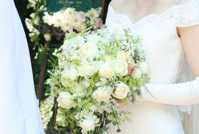 シェ松尾松濤レストラン様の装花 レース_a0042928_21393038.jpg