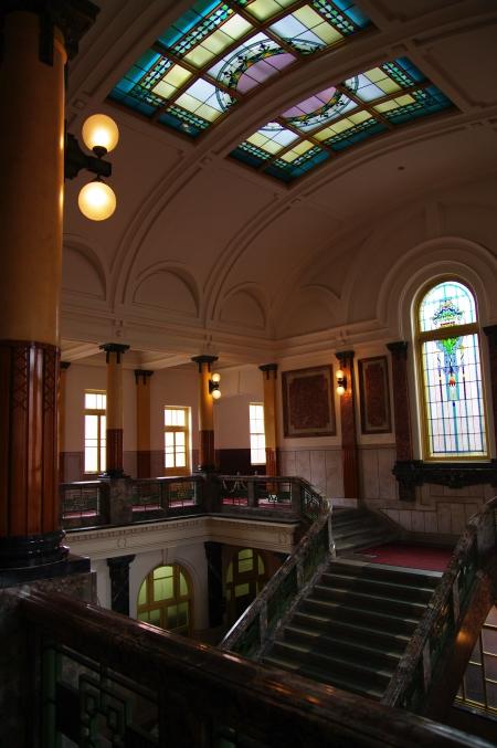 華麗なる階段 名古屋市市政資料館にて_d0145934_11383269.jpg
