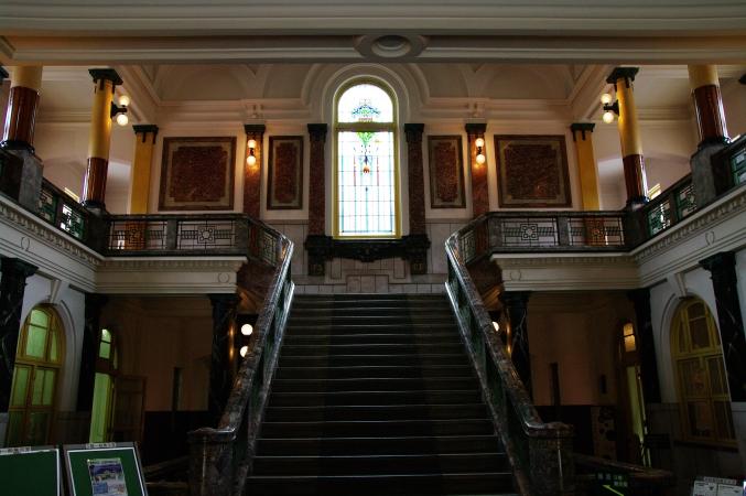 華麗なる階段 名古屋市市政資料館にて_d0145934_1138972.jpg