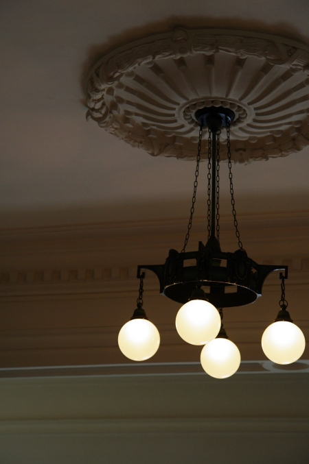 華麗なる階段 名古屋市市政資料館にて_d0145934_11391795.jpg