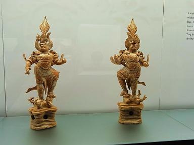 香港芸術館その2~仏像もあるよ_e0155771_225431100.jpg