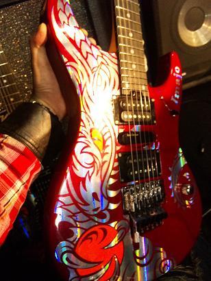 KillerGuitars オリジナルNEWギター_e0146185_19415920.jpg