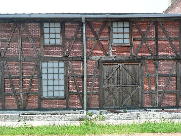 半田赤レンガ建物:旧丸三麦酒ビール醸造工場(カブトビール工場)ハーフティンバー棟_c0112559_9521553.jpg
