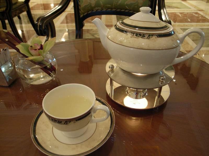 【中国】ザ・リッツ・カールトン広州 大堂酒廊(Pearl Lounge)_d0068879_0554172.jpg
