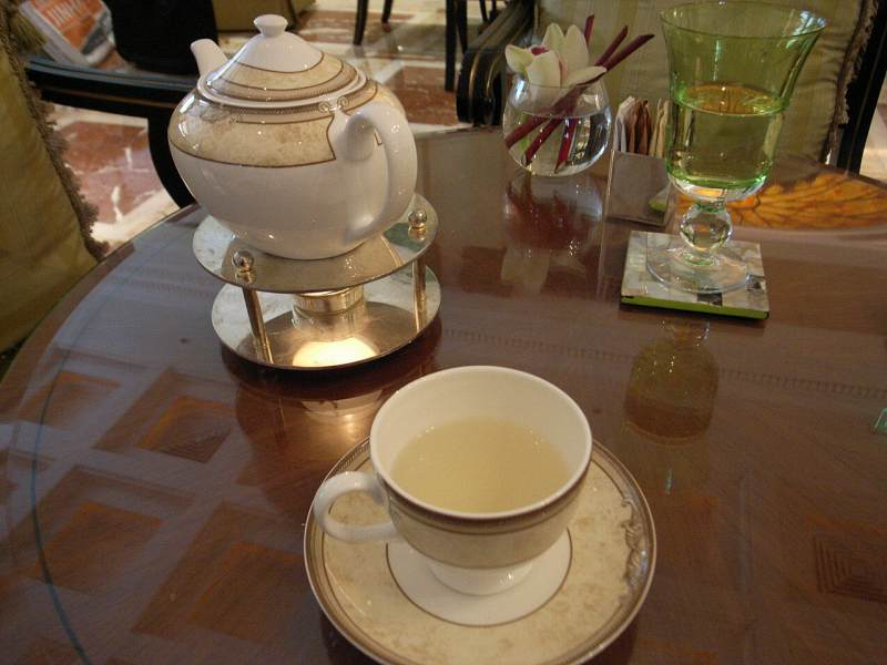 【中国】ザ・リッツ・カールトン広州 大堂酒廊(Pearl Lounge)_d0068879_0564382.jpg