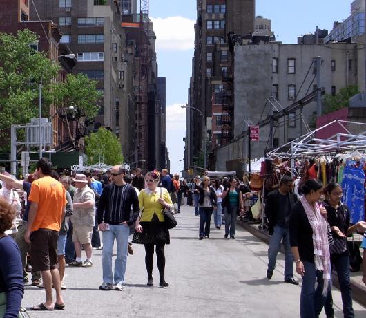 ニューヨークのフリマ風景_b0007805_21211257.jpg