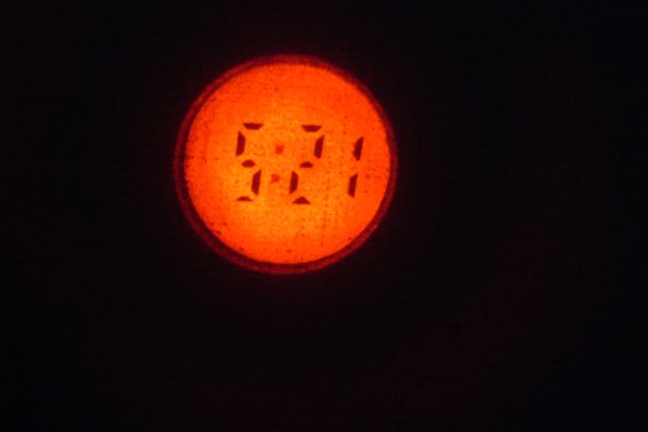 200Yenライターの時計_e0024555_19202144.jpg