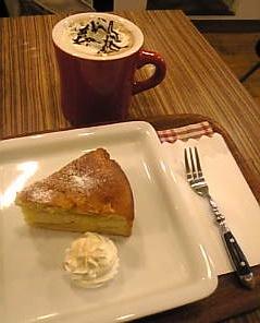 アップルケーキはバイトの味☆_f0140145_20224999.jpg