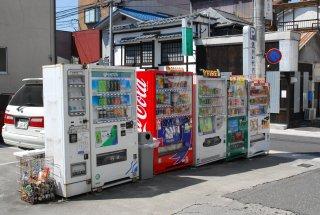 安心・安全な電話カードの自動販売機_a0003909_13404145.jpg