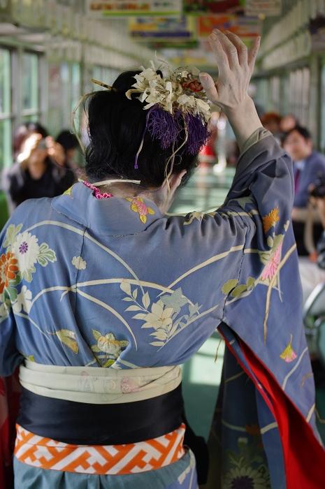 妖しきダンス・トレイン。_b0180063_1191196.jpg