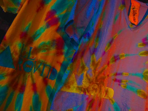 FLowER DyE V-nECK tEE_f0126931_1539431.jpg