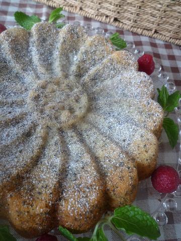 紅茶とりんごのケーキ。_f0193555_22394246.jpg
