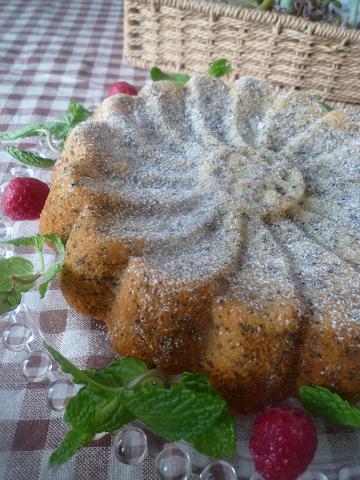 紅茶とりんごのケーキ。_f0193555_22473493.jpg