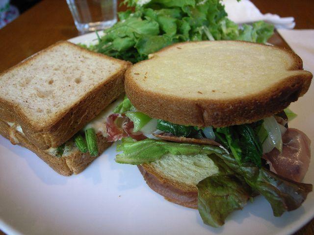 (sundaypeople的)日本で一番美味しいパン屋 Takeuchi_a0028025_18371393.jpg